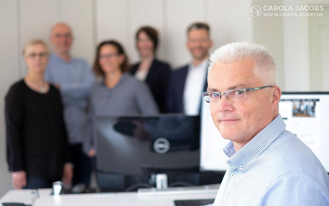 Korneffel Beratung - Reiner Korneffel mit Team